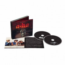 Memorial Beach (Deluxe Edition Digipak)