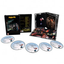 Clutching At Straws (Deluxe Edition CD & Blu-ray)